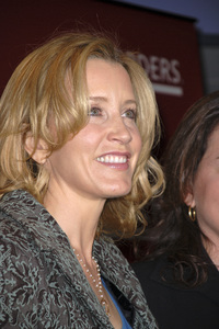 """Felicity Huffman at the book signing of """"A Practical Handbook for the Boyfriend""""01-31-2007 / Borders / Westwood, CA / Photo by Andrew Howick - Image 22917_0005"""