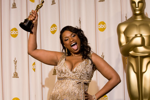 """""""Academy Awards - 79th Annual"""" (Press Room)Academy Award winner for Performance by an Actress in a Supporting Role Jennifer Hudson2-25-07Photo by Matt Petit © 2007 A.M.P.A.S. - Image 22937_0007"""