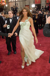 """""""Academy Awards - 79th Annual"""" (Arrivals)Beyonce Knowles2-25-07Photo by Richard Harbaugh © 2007 A.M.P.A.S. - Image 22938_0147"""
