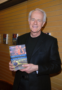 """Mike Farrell at the book signing of his autobiography """"Just Call Me Mike: A Journey to Actor and Activist""""03-23-2007 / Barnes & Noble / Santa Monica, CA / Photo by Andrew Howick - Image 22970_0002"""