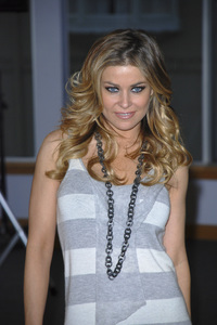 """Carmen Electra at the book signing of """"How to Be Sexy"""" 05-08-2007 / Borders / Westwood, CA / Photo by Andrew Howick - Image 23071_0003"""