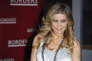 """Carmen Electra at the book signing of """"How to Be Sexy"""" 05-08-2007 / Borders / Westwood, CA / Photo by Andrew Howick - Image 23071_0008"""