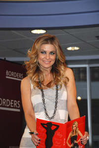 """Carmen Electra at the book signing of """"How to Be Sexy"""" 05-08-2007 / Borders / Westwood, CA / Photo by Andrew Howick - Image 23071_0010"""