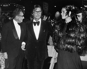 """The Godfather"" (Premiere)Henry Kissinger, Robert Evans, Ali MacGraw1972 / Paramount Pictures** I.V. - Image 23174_0004"
