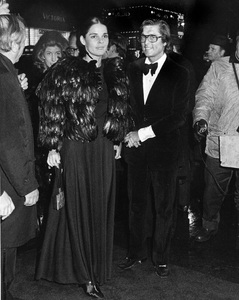 """""""The Godfather"""" (Premiere)Ali MacGraw, Robert Evans1972 / Paramount Pictures** I.V. - Image 23174_0005"""