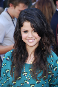 """""""The Game Plan"""" (Premiere) Selena Gomez9-23-2007 / El Capitan Theatre / Hollywood, CA / Disney Pictures / Photo by Andy Howick - Image 23191_0010"""
