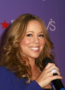 """""""M by Mariah Carey"""" Fragrance Launch (Appearance) Mariah Carey 11-20-2007 / Macys at Glendale Galleria / Glendale, CA / Photo by Max Rodeo - Image 23279_0002"""