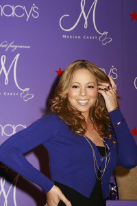 """M by Mariah Carey"" Fragrance Launch (Appearance) Mariah Carey 11-20-2007 / Macys at Glendale Galleria / Glendale, CA / Photo by Max Rodeo - Image 23279_0003"