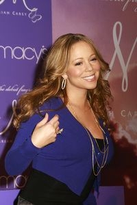 """M by Mariah Carey"" Fragrance Launch (Appearance) Mariah Carey 11-20-2007 / Macys at Glendale Galleria / Glendale, CA / Photo by Max Rodeo - Image 23279_0004"