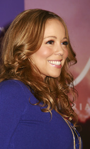 """M by Mariah Carey"" Fragrance Launch (Appearance) Mariah Carey 11-20-2007 / Macys at Glendale Galleria / Glendale, CA / Photo by Max Rodeo - Image 23279_0005"