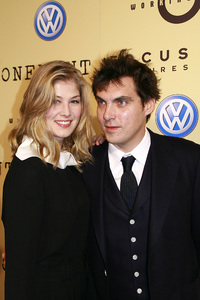 """""""Atonement"""" (Premiere) Rosamund Pike, Joe Wright 12-6-2007 / Academy of Motion Picture Arts and Sciences / Beverly Hills, CA / Focus Features / Photo by Max Rodeo - Image 23284_0023"""