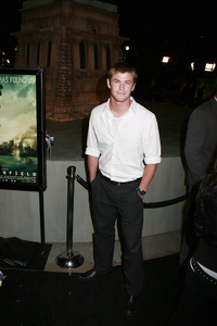 """""""Cloverfield"""" PremiereChris Hemsworth1-16-2008 / Paramount Pictures Lot / Los Angeles, CA / Paramount Pictures / Photo by Max Rodeo - Image 23333_0017"""