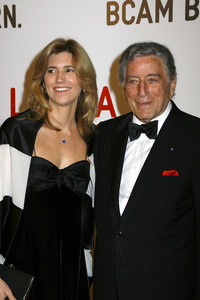Opening Celebration of the Broad Contemporary Art Museum  Susan Crow, Tony Bennett2-9-2008 / LACMA / Los Angeles, CA / Photo by Max Rodeo - Image 23349_0004