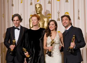 """Academy Awards - 80th Annual"" (Press Room)Daniel Day-Lewis, Tilda Swinton, Marion Cotillard, Javier Bardem2-24-2008Photo by Matt Petit © 2008 A.M.P.A.S. - Image 23359_0079"