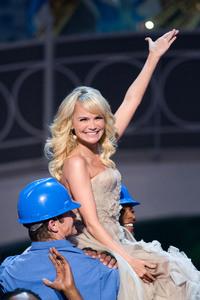 """Academy Awards - 80th Annual"" (Telecast)Kristin Chenoweth2-24-08Photo by Michael Yada © 2008 A.M.P.A.S. - Image 23359_0105"