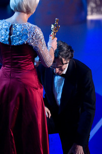 """Academy Awards - 80th Annual"" (Telecast)Helen Mirren, Daniel Day-Lewis2-24-08Photo by Darren Decker © 2008 A.M.P.A.S. - Image 23359_0112"