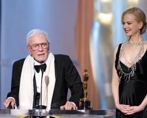 """Academy Awards - 80th Annual"" (Telecast)Robert Boyle, Nicole Kidman2-24-08Photo by Michael Yada © 2008 A.M.P.A.S. - Image 23359_0164"