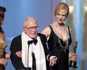 """Academy Awards - 80th Annual"" (Telecast)Robert Boyle, Nicole Kidman2-24-08Photo by Michael Yada © 2008 A.M.P.A.S. - Image 23359_0165"