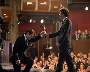 """Academy Awards - 80th Annual"" (Telecast)Josh Brolin, Joel Coen2-24-08Photo by Richard Harbaugh © 2008 A.M.P.A.S. - Image 23359_0171"