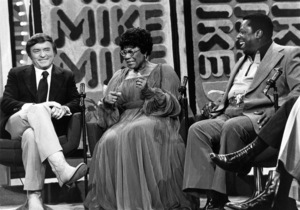"""Ella Fitzgerald with Mike Douglas and George Kirby on """"The Mike Douglas Show""""1975** I.V.M. - Image 2353_0116"""