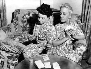 Violet and Daisy Hilton playing gin rummycirca 1940s** I.V. - Image 23543_0011