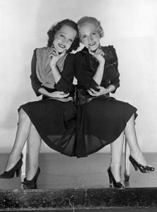 Violet and Daisy Hiltoncirca 1930s** I.V. - Image 23543_0015