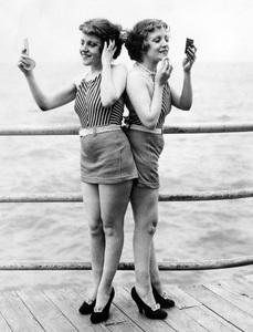 Violet and Daisy Hilton on the pier1934** I.V. - Image 23543_0016
