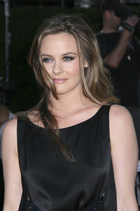 """""""Tropic Thunder"""" Premiere Alicia Silverstone 8-11-2008 / Mann Village Theater / Los Angeles, CA / Dreamworks / Photo by Max Rodeo - Image 23587_0051"""