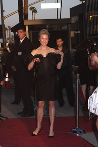 """Appaloosa"" PremiereRenee Zellweger 9-17-08 / The Academy Theatre / Beverly Hills, CA / New Line Cinema / Photo by Max Rodeo - Image 23611_0004"