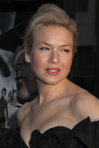 """""""Appaloosa"""" PremiereRenee Zellweger 9-17-08 / The Academy Theatre / Beverly Hills, CA / New Line Cinema / Photo by Max Rodeo - Image 23611_0006"""