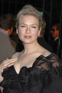 """Appaloosa"" PremiereRenee Zellweger 9-17-08 / The Academy Theatre / Beverly Hills, CA / New Line Cinema / Photo by Max Rodeo - Image 23611_0007"
