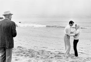 """Director Henry King with Gregory Peck and Deborah Kerr on the Malibu location of """"Beloved Infidel""""1959 20th Century Fox © 1978 Bob Willoughby - Image 23648_0002"""