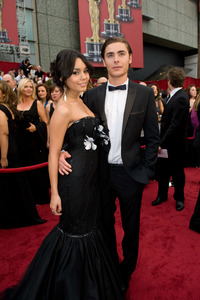 """""""The 81st Annual Academy Awards"""" (Arrivals)Vanessa Hudgens, Zac Efron02-22-2009Photo by Richard Harbaugh © 2009 A.M.P.A.S. - Image 23704_0052"""