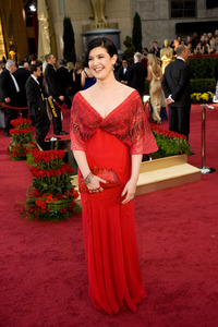 """""""The 81st Annual Academy Awards"""" (Arrivals)Phoebe Cates02-22-2009Photo by Jon Didier © 2009 A.M.P.A.S. - Image 23704_0072"""