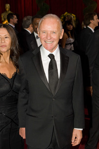 """""""The 81st Annual Academy Awards"""" (Arrivals)Stella Arroyave, Anthony Hopkins02-22-2009Photo by Bryan Crowe © 2009 A.M.P.A.S. - Image 23704_0096"""