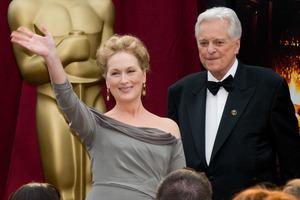 """The 81st Annual Academy Awards"" (Arrivals)Meryl Streep, Robert Osborne02-22-2009Photo by Erik Ovanespour © 2009 A.M.P.A.S. - Image 23704_0109"