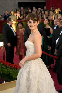"""""""The 81st Annual Academy Awards"""" (Arrivals)Penelope Cruz02-22-2009Photo by Jon Didier © 2009 A.M.P.A.S. - Image 23704_0119"""