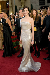 """""""The 81st Annual Academy Awards"""" (Arrivals)Anne Hathaway02-22-2009Photo by Jon Didier © 2009 A.M.P.A.S. - Image 23704_0154"""