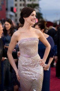 """""""The 81st Annual Academy Awards"""" (Arrivals)Anne Hathaway02-22-2009Photo by Armando Flores © 2009 A.M.P.A.S. - Image 23704_0174"""
