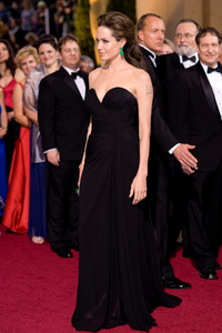 """""""The 81st Annual Academy Awards"""" (Arrivals)Angelina Jolie02-22-2009Photo by Armando Flores © 2009 A.M.P.A.S. - Image 23704_0183"""