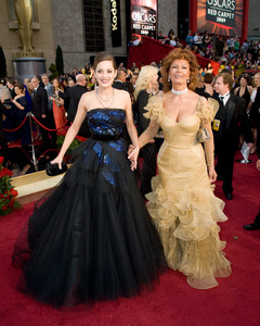 """""""The 81st Annual Academy Awards"""" (Arrivals)Marion Cotillard, Sophia Loren02-22-2009Photo by Jon Didier © 2009 A.M.P.A.S. - Image 23704_0201"""