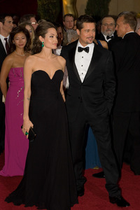 """""""The 81st Annual Academy Awards"""" (Arrivals)Angelina Jolie, Brad Pitt02-22-2009Photo by Bryan Crowe © 2009 A.M.P.A.S. - Image 23704_0242"""