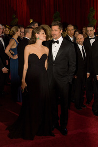 """""""The 81st Annual Academy Awards"""" (Arrivals)Angelina Jolie, Brad Pitt02-22-2009Photo by Bryan Crowe © 2009 A.M.P.A.S. - Image 23704_0243"""