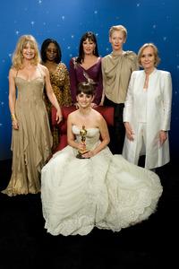 """The 81st Annual Academy Awards"" (Backstage)Goldie Hawn, Whoopi Goldberg, Anjelica Huston, Penelope Cruz, Tilda Swinton, Eva Marie Saint02-22-2009Photo by Todd Wawrychuk © 2009 A.M.P.A.S. - Image 23704_0256"