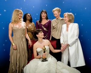 """The 81st Annual Academy Awards"" (Backstage)Goldie Hawn, Whoopi Goldberg, Anjelica Huston, Penelope Cruz, Tilda Swinton, Eva Marie Saint02-22-2009Photo by Todd Wawrychuk © 2009 A.M.P.A.S. - Image 23704_0257"