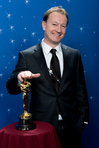 """""""The 81st Annual Academy Awards"""" (Backstage)Simon Beaufoy02-22-2009Photo by Todd Wawrychuk © 2009 A.M.P.A.S. - Image 23704_0260"""
