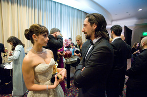 """The 81st Annual Academy Awards"" (Backstage)Penelope Cruz, Adrien Brody02-22-2009Photo by Todd Wawrychuk © 2009 A.M.P.A.S. - Image 23704_0271"