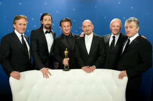 """""""The 81st Annual Academy Awards"""" (Backstage)Michael Douglas, Adrien Brody, Sean Penn, Ben Kingsley, Anthony Hopkins, Robert De Niro02-22-2009Photo by Todd Wawrychuk © 2009 A.M.P.A.S. - Image 23704_0277"""