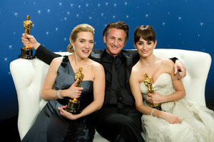 """The 81st Annual Academy Awards"" (Backstage)Kate Winslet, Sean Penn, Penelope Cruz02-22-2009Photo by Todd Wawrychuk © 2009 A.M.P.A.S. - Image 23704_0278"