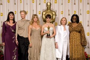 """The 81st Annual Academy Awards"" (Press Room)Anjelica Huston, Tilda Swinton, Goldie Hawn, Penelope Cruz, Eva Marie Saint, Whoopi Goldberg02-22-2009Photo by Bryan Crowe © 2009 A.M.P.A.S. - Image 23704_0284"